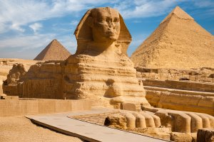 Cairo's-Sphinx-Nile-west-bank