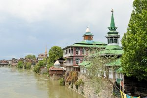 Mosques along the Jahelum River